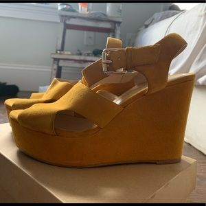 Bruno Premi Yellow Wedges